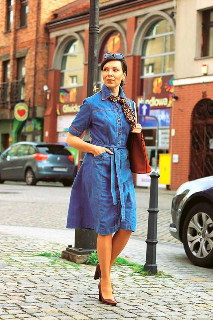 jakie_buty_do_sukienki_koszulowej_szmizjerki